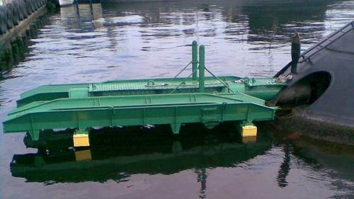 Budowa urządzenia do załadunku torped na okręt podwodny. Rok 2013
